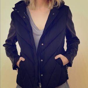 NWT BLANKNYC Faux Sleeves Puffer Jacket, Black